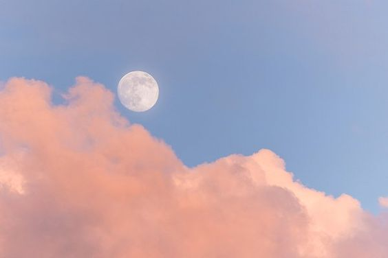 Getting in touch with the Full Moon by Ross